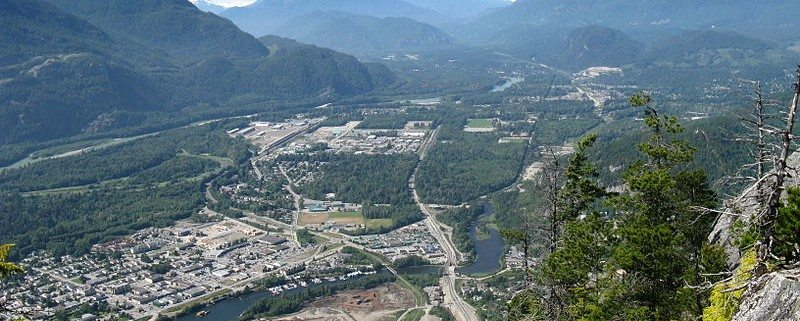 800px-Squamish_valley