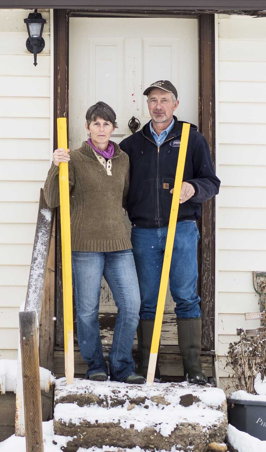 Arlene and Ken Boon with Stakes for the Peace. Photo by Louis Bockner.
